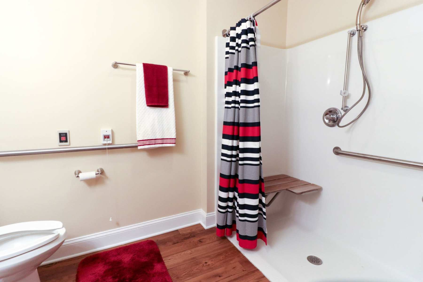 studio2_bathroom